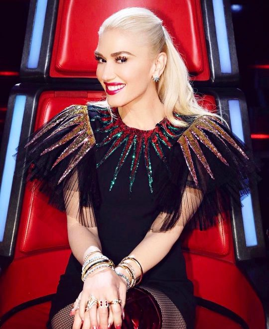 Gwen Stegani wore Doves by Doron Paloma earrings and ring, a Djula ring, Hearts on Fire diamond bracelet and a Le Vian ring and bracelet