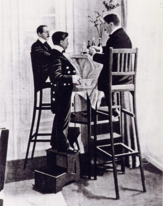Alberto Santos Dumont at his house