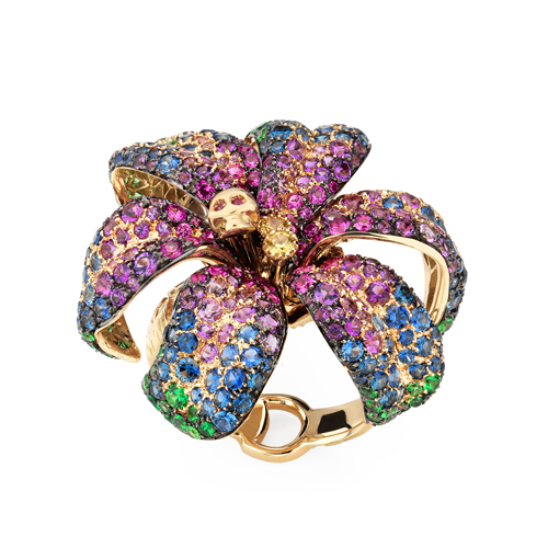 Gucci yellow gold ring with diamonds, sapphires, quartz and tsavorite