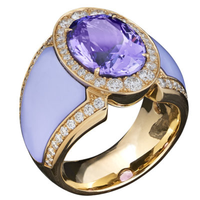 Doris-Hangartner_Tanzanite,-Diamonds-and-light-blue-ceramic