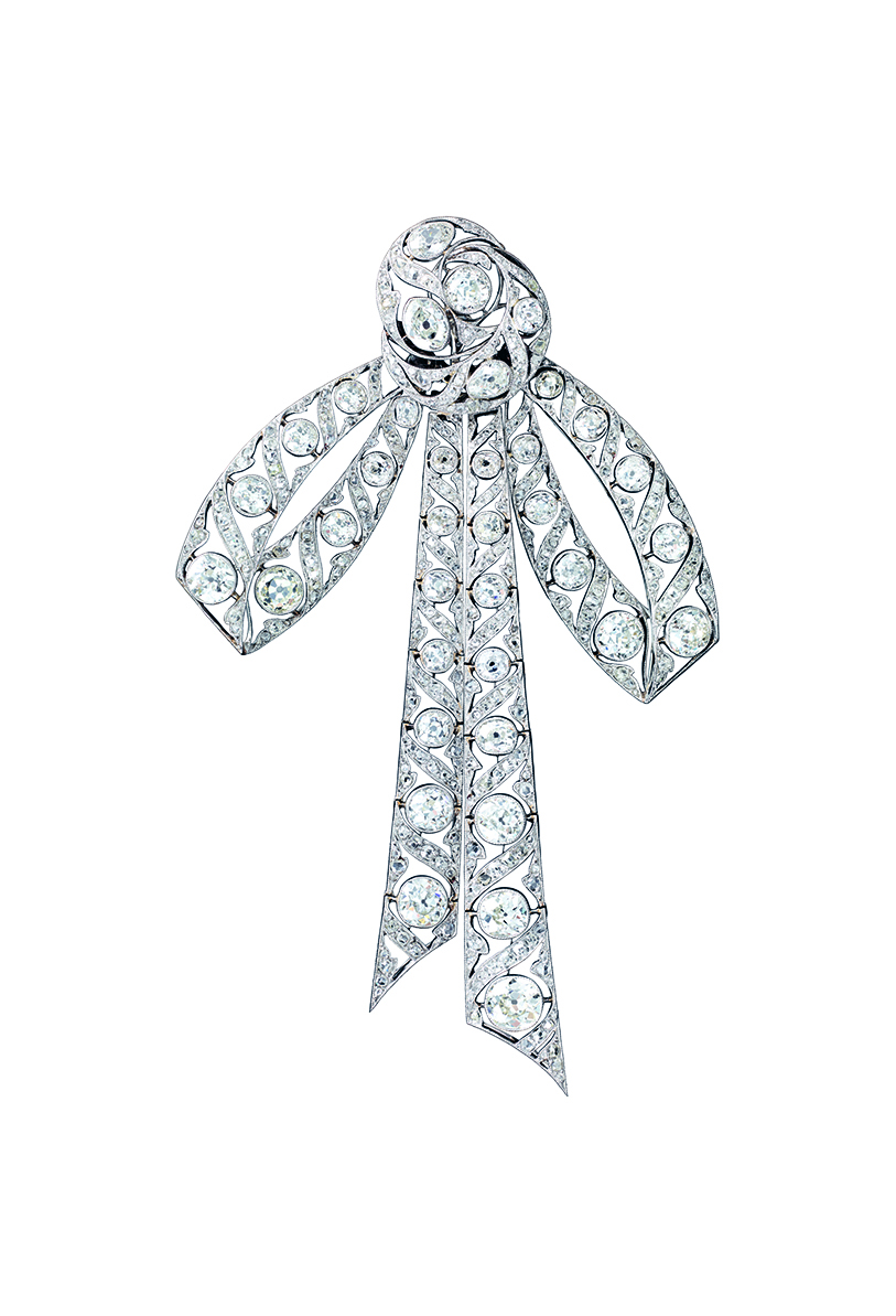 Chaumet articulated bowknot brooch circa 1915